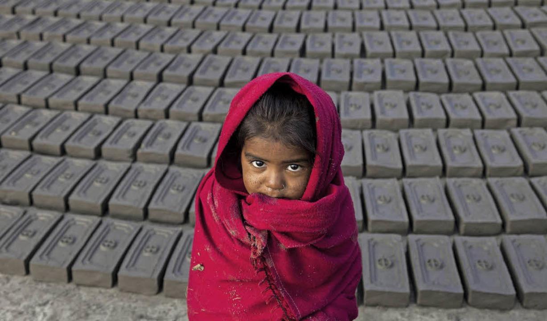 Der Verein Inzlingen-Nepal unterstützt vor allem Kinder.   | Foto: DPA