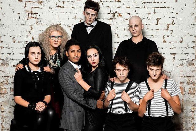 Verlosung: Mit fudder zur Generalprobe der Addams Family im Theater Freiburg
