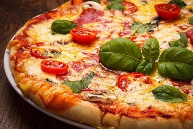 Lahrer Feuerwehr kann vergessene Pizza nicht retten