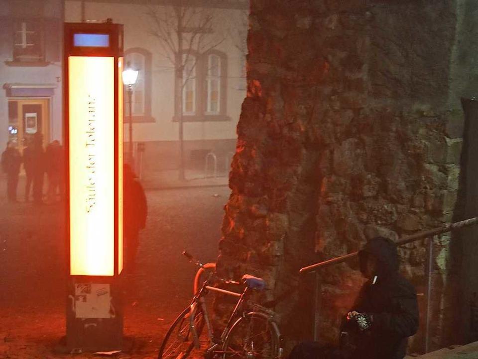 Bei dem Trubel in der Stadt kann man s...n, wie dieser Mann am Augustinerplatz.  | Foto: Michael Bamberger