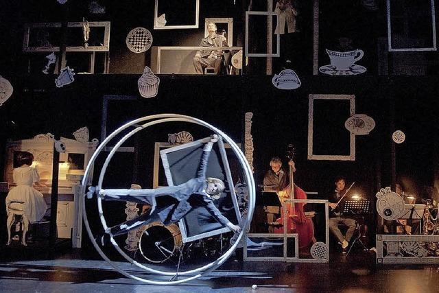 Theater Wasserburg gastiert mit Alice in der Offenburger Oberrheinhalle