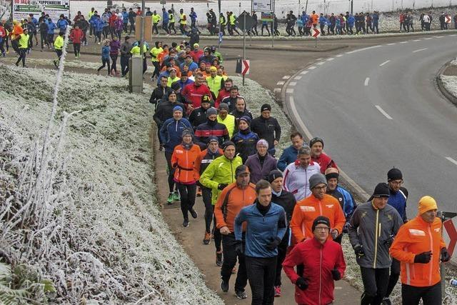 Mehr als 150 Sportler haben beim Silvesterlauf der Kälte getrotzt