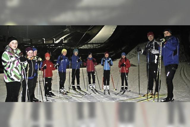 Schneeinsel: Viele Sportler trainieren in Hinterzarten