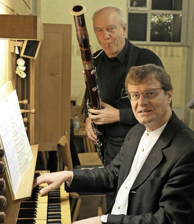 Christian Rabe (Fagott) und Herbert De...nzert durch ihr feines Zusammenspiel.     Foto: Martina David-Wenk