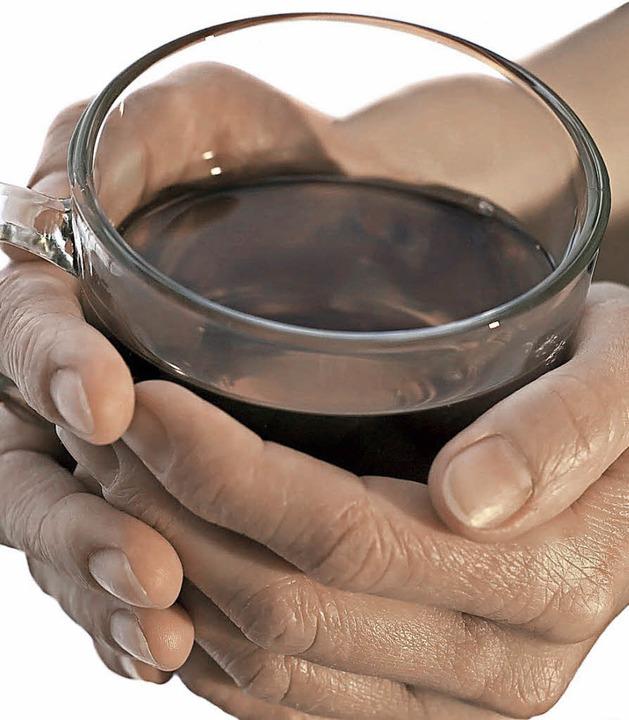 Wer warme Hände hat, beurteilt auch seine Mitmenschen als warmherzig.   | Foto: fotolia.com/Mooij