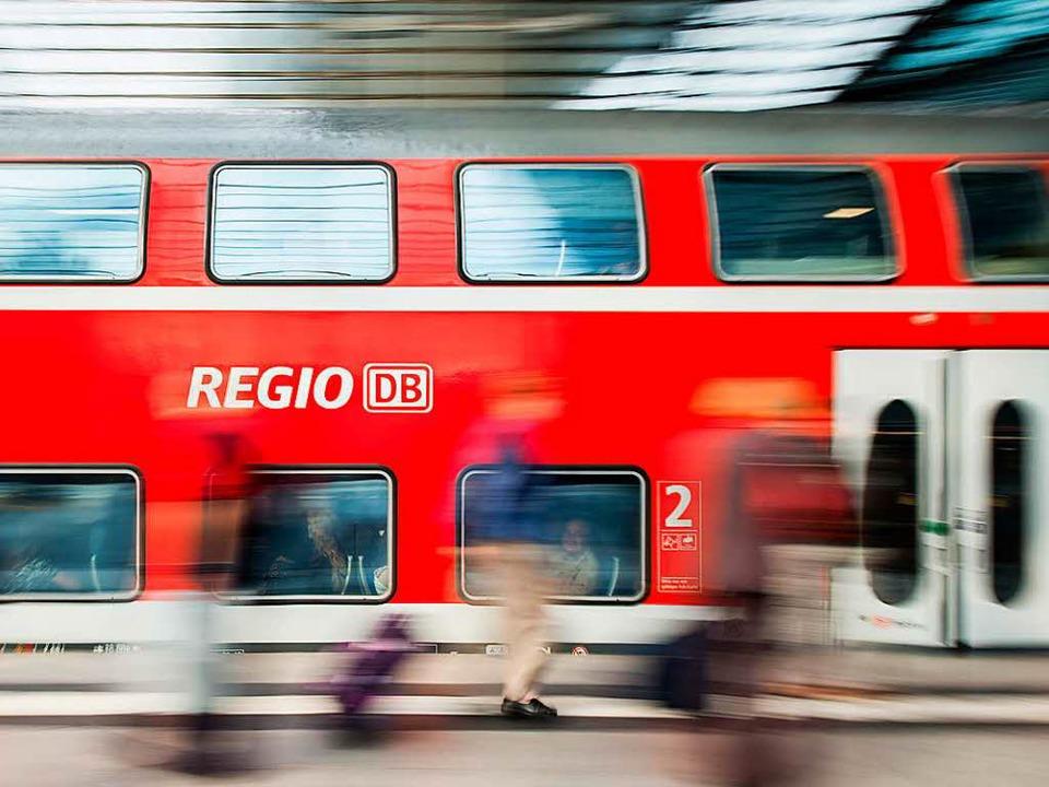 Betroffen war eine Regionalbahn von Basel nach Offenburg (Symbolbild).    Foto: dpa