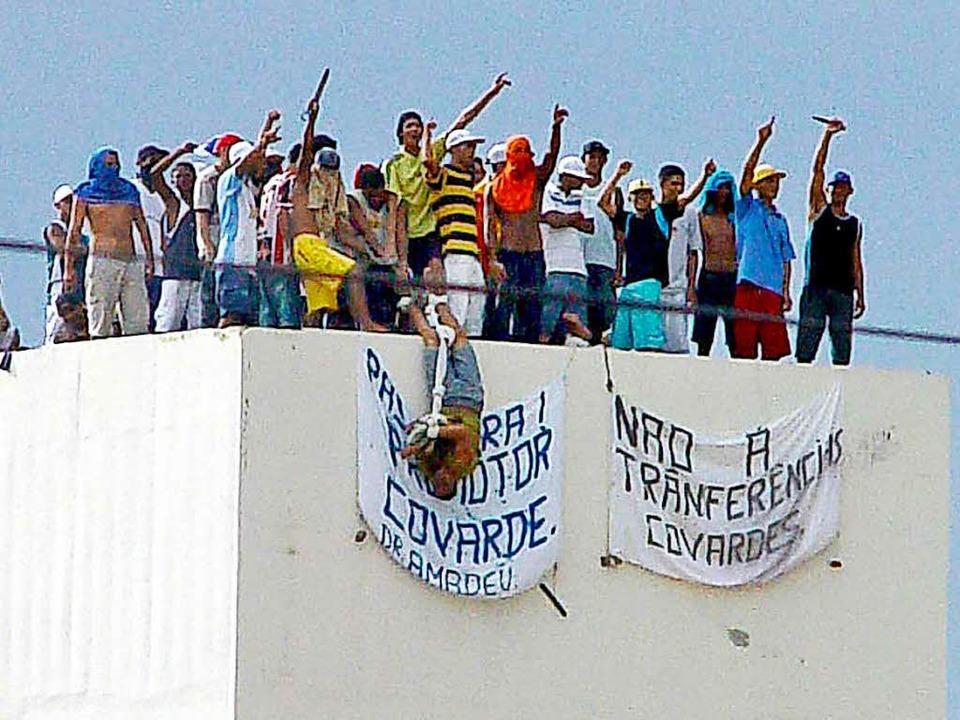 Teilnehmer einer Gefängnis-Meuterei in Nordbrasilien 2005 (Symbolfoto).  | Foto: AFP