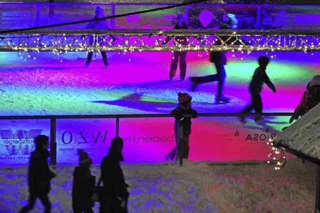 Endspurt für die Eisbahn auf dem Marktplatz