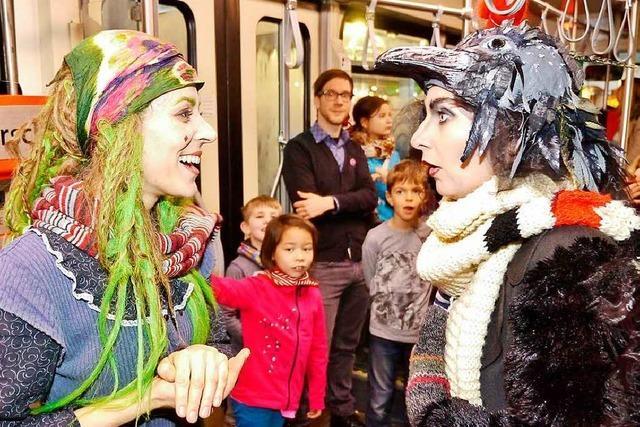 BZCard-Aktion: Mit der kleinen Hexe in der Straßenbahn unterwegs