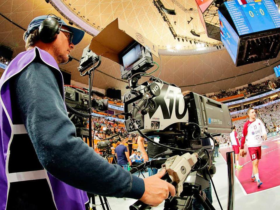 Statt im Fernsehen im Internet: Die WM-Spiele in Frankreich  | Foto: dpa