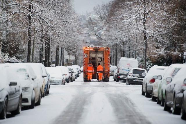 Schnee und Eis machen der Müllabfuhr zu schaffen