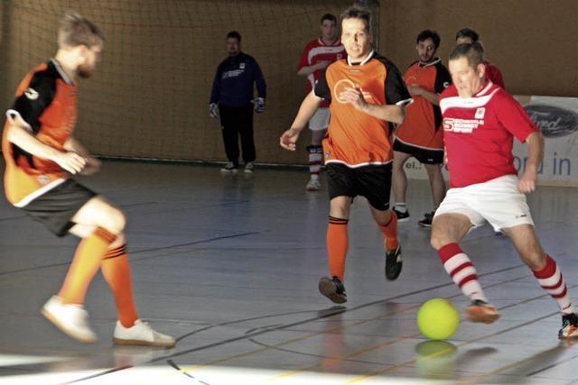 Gastgeber SG Wallbach/Öflingen holt den Pokal