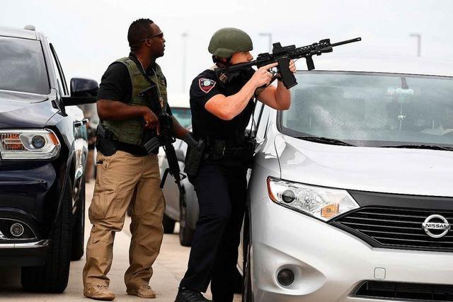 Mann erschießt fünf Menschen auf Flughafen in Florida