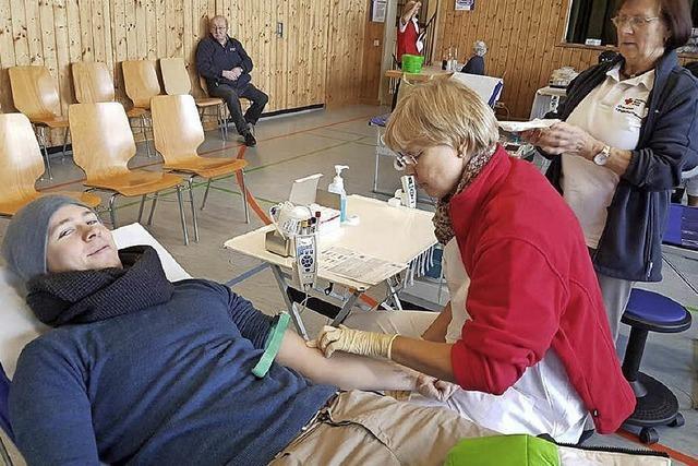 Genuss als Anreiz zur lebensrettenden Blutspende