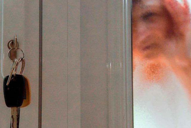 Tür fällt zu – Polizei bringt Mutter und Baby zusammen