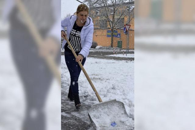 Schnee bereitet Arbeit und Vergnügen
