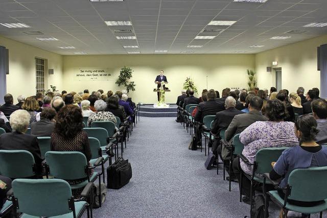 Zeugen Jehovas verkaufen ihren Saal
