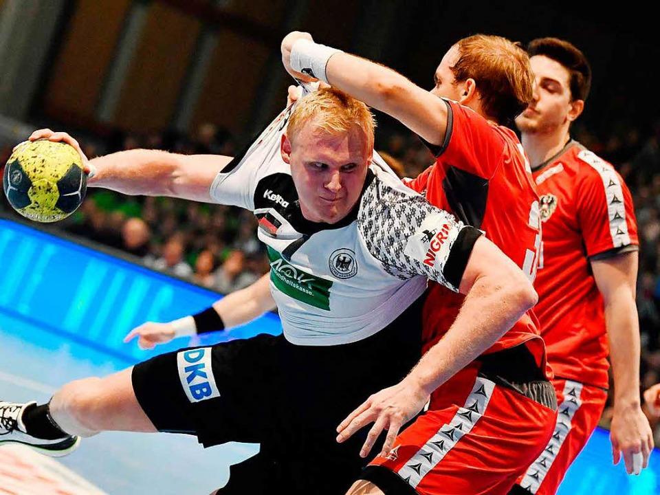 Abwehr-Ass der deutschen Handball-Nati... Bulle:  Patrick Wiencek vom THW Kiel   | Foto: dpa