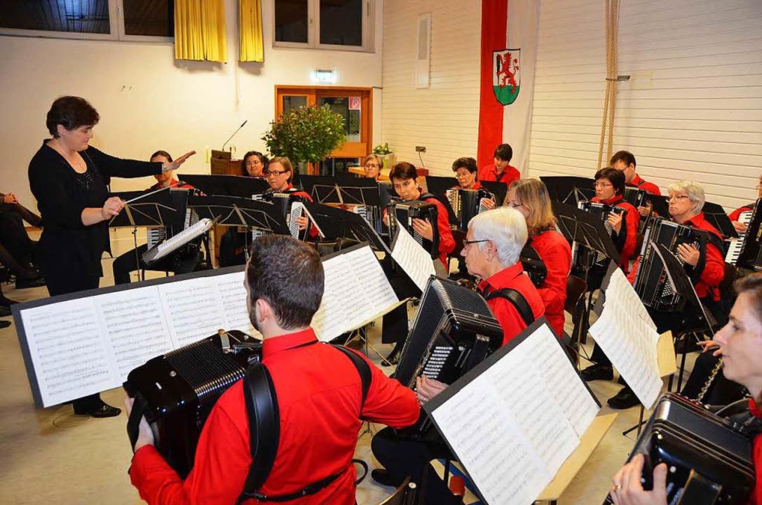 Der Akkordeon-Spielring Gottenheim/Umk...tete  den Neujahrsempfang musikalisch.  | Foto: Manfred Frietsch