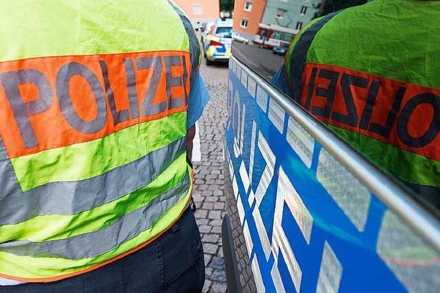 Autofahrer fährt Schranke in Lörrach an und beschädigt sie