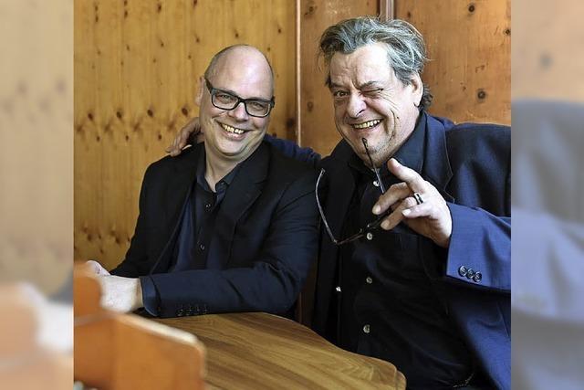 Das Duo Endo Anaconda und Roman Wyss gastiert im Monti in Frick/Schweiz