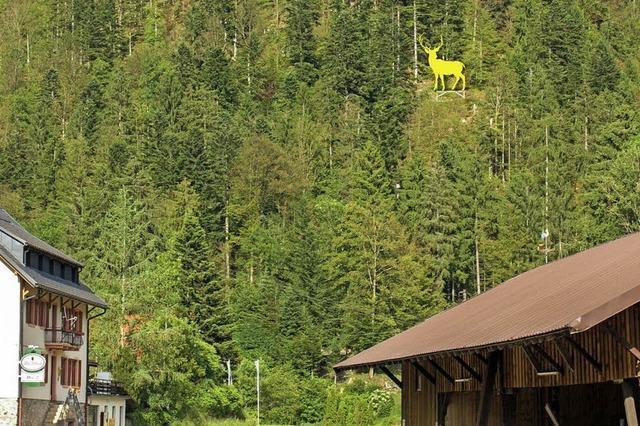 Ein zwölf Meter hoher Hirsch