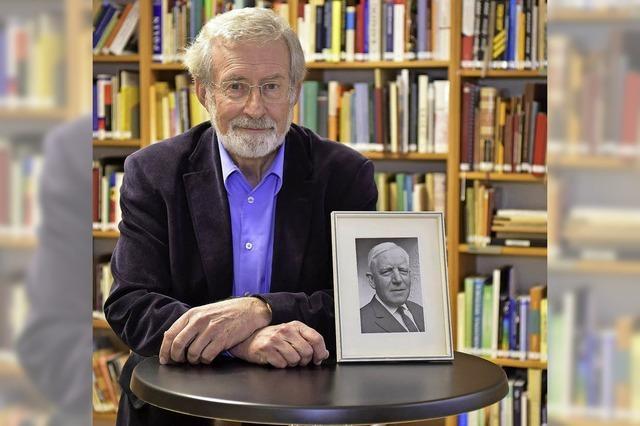 Werner Mezger informiert über den Volkskundler Johannes Künzig