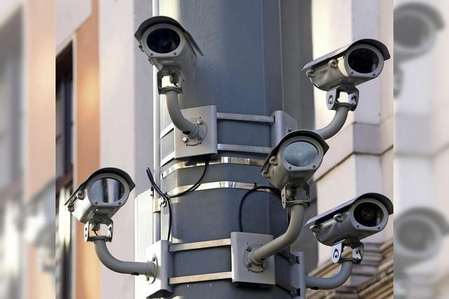 Grüne wollen mehr Überwachung und schnellere Abschiebung von Gefährdern