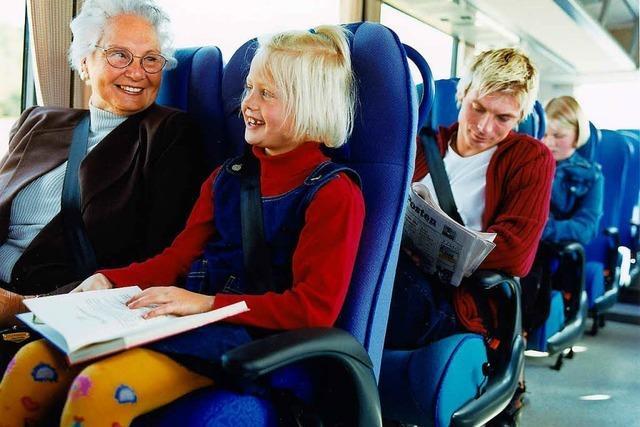 Tipps: Was man bei langen Busfahrten beachten sollte