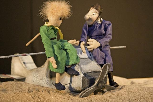 Inszenierung des Figurentheaters Allerhand für Erwachsene und Kinder ab 12 Jahren