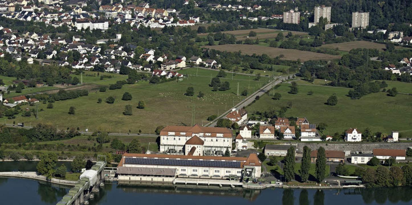 Das Wasserkraftwerk in Wyhlen aus der Vogelperspektive   | Foto: Energiedienst