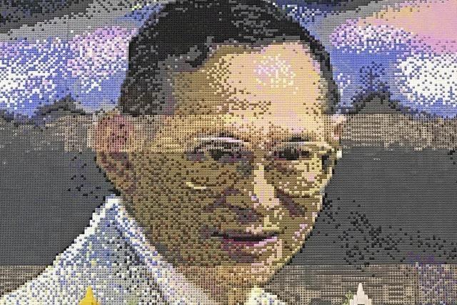 Bhumibol in Lego porträtiert