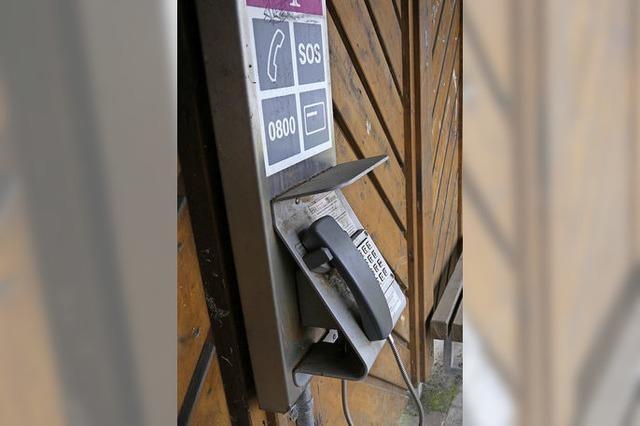 Letztes Telefon wird abgebaut