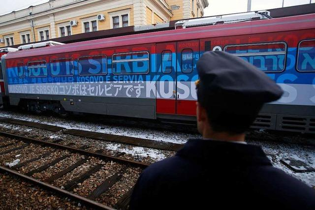 Zug nach Kosovo: Belgrad droht mit der Armee