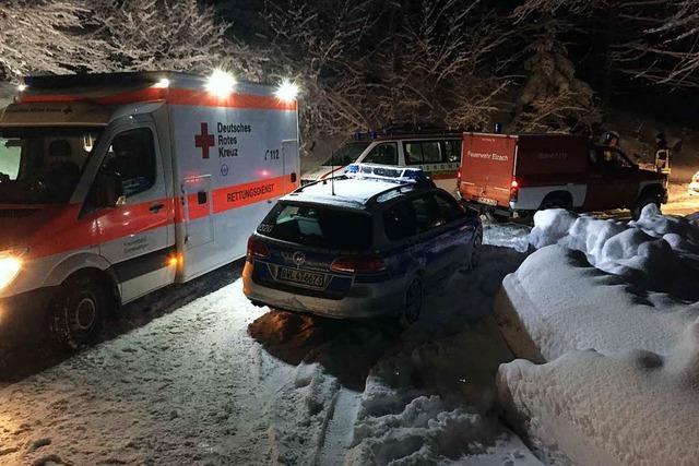 Mann in Notlage am Siebenfelsen: Feuerwehr, Arzt und Bergwacht arbeiten sich durch den Schnee