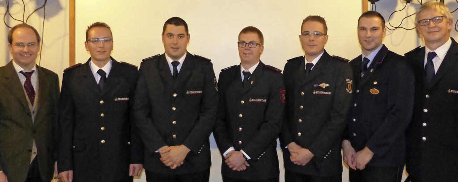 Bürgermeister  Christian Renkert mit  ...e Kommandant Günter Lenke (von links).    Foto: Lenke