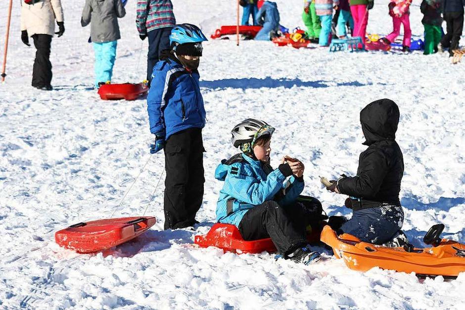 """Der Skiverband Schwarzwald hat zum achten Festival """"Schulen im Schnee"""" geladen. 2500 Schüler waren auf dem Feldberg dabei. (Foto: Joachim Hahne )"""