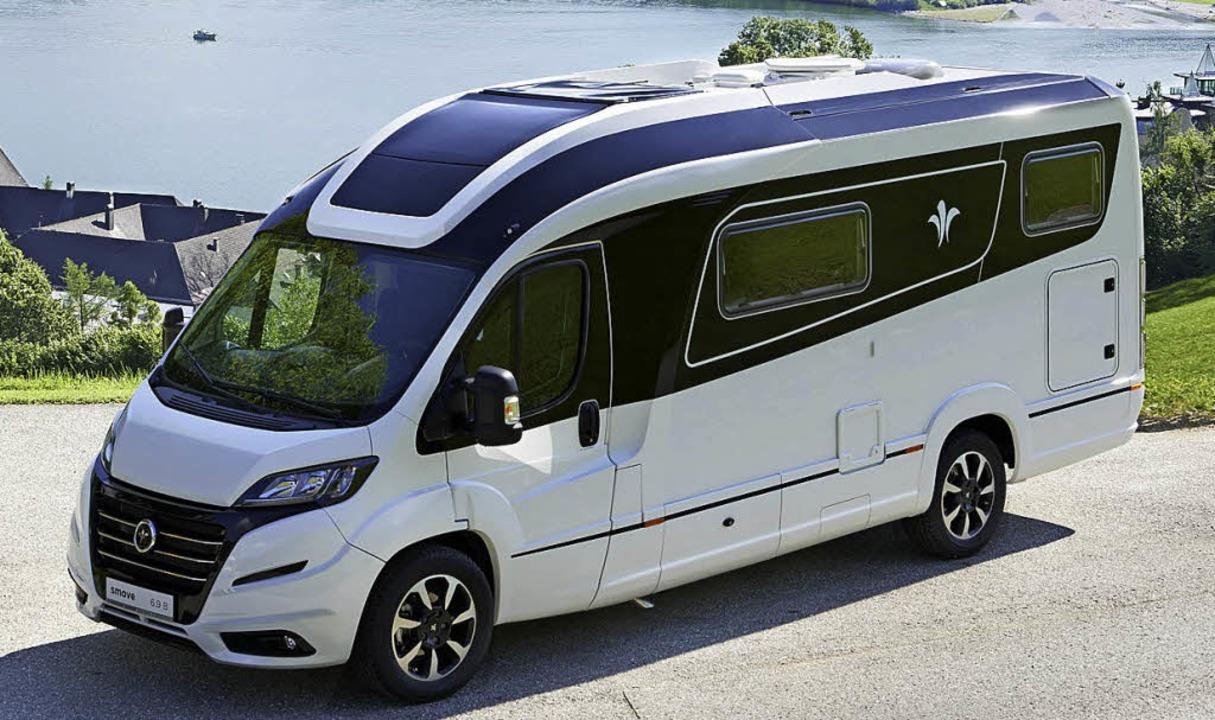 reisemobile mit schiebedach und erker auto mobilit t. Black Bedroom Furniture Sets. Home Design Ideas