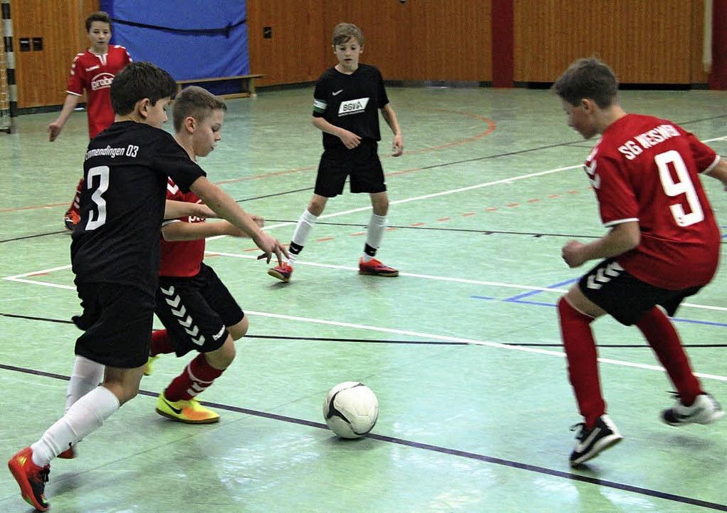 Starker Einsatz  beim Futsal-Turnier in Bötzingen   | Foto: Horst David