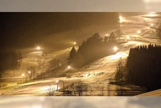 Flutlicht-Skifahren am Hornlift