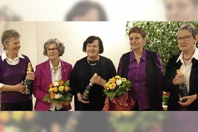 Kantorei ehrt verdiente Sängerinnen