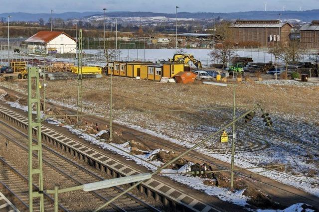 Bahn startet mit dem Bau der Lärmschutzwand