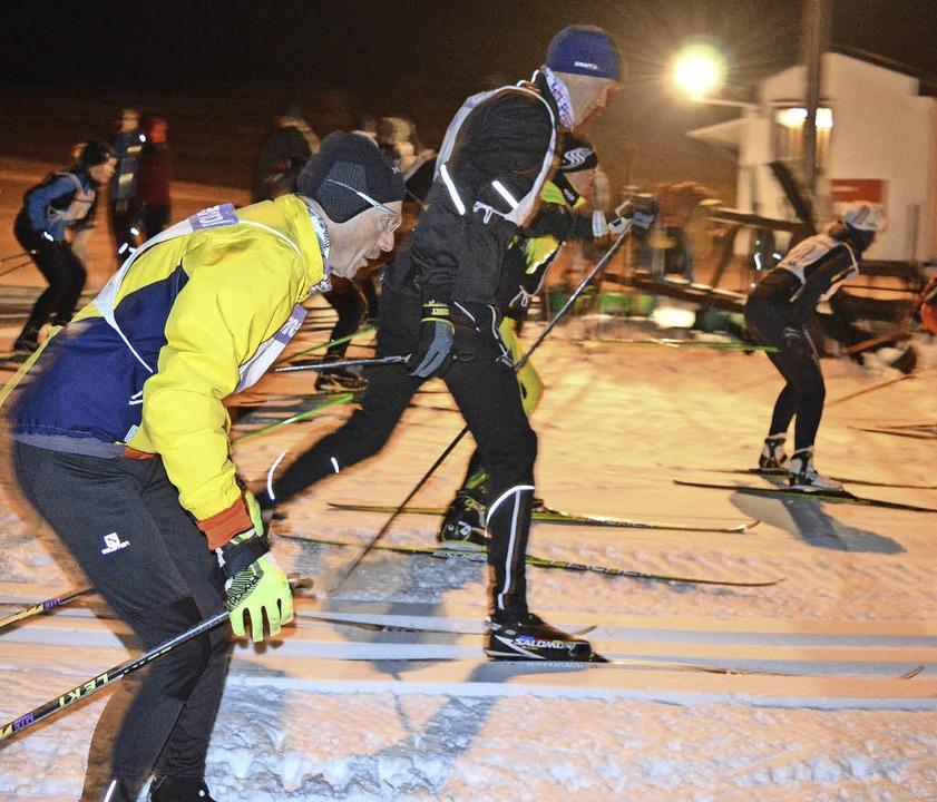 Nach dem Start sprinteten die Teilnehm... Dritte gehörte zur Kategorie Jugend.   | Foto: Hasswani