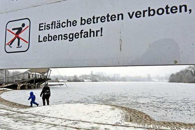 Zugefrorener Flückigersee ist nicht zum Betreten freigegeben – Verbot wird häufig ignoriert