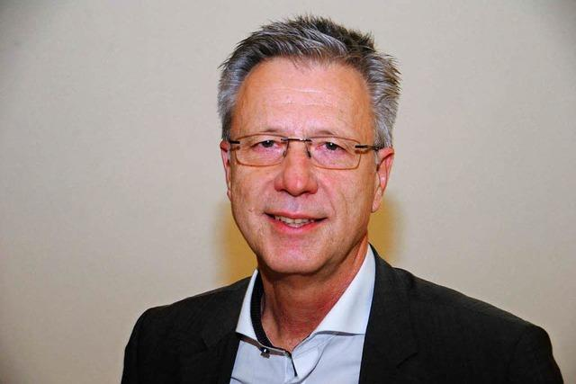 Günter Dußmann löst Ulrike Smit ab