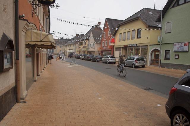 Initiative für mehr Parkplätze entlang der Hauptstraße
