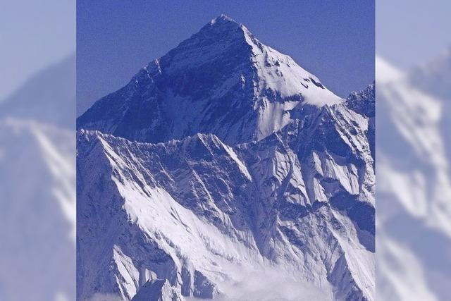 Everest könnte kleiner sein