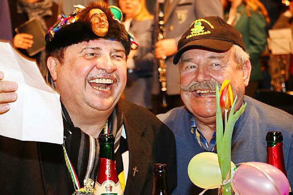 Ein fröhlich-unterhaltsames Fest gab es zum 60. Geburtstag von Pfarrer Klaus Fietz. Der Feier im Pfarrheim ging ein Dankgottesdienst in der Pfarrkirche Heilig Geist voraus.