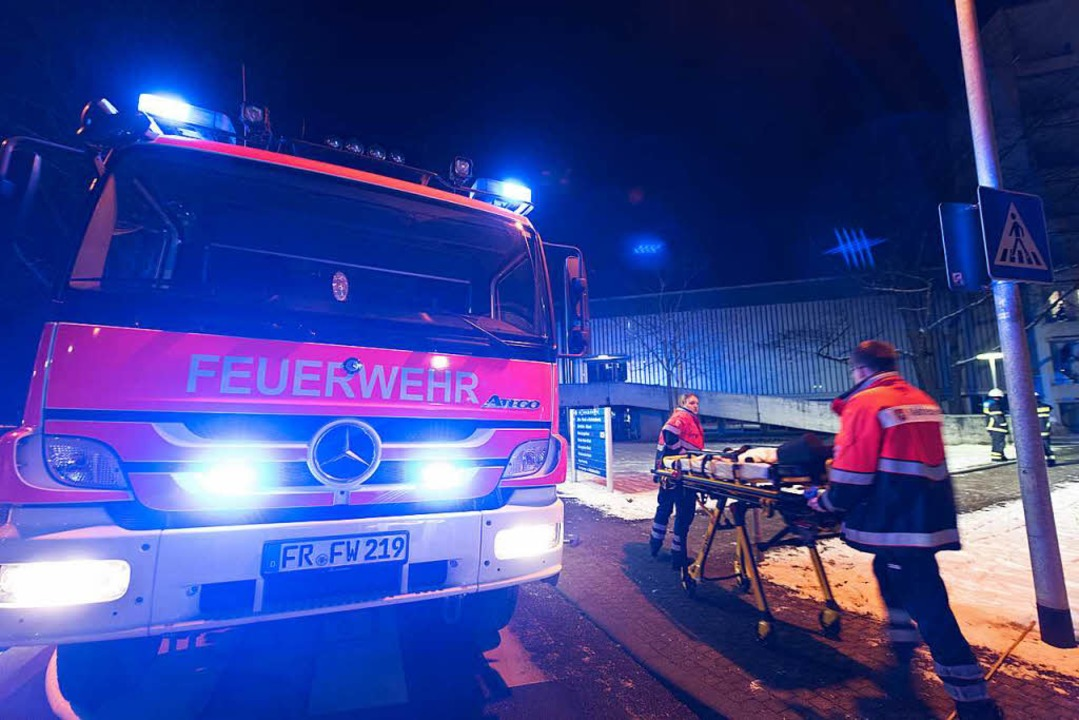 21 Patientinnen und Patienten mussten ...lten Nacht im Klinikum verlegt werden.  | Foto: Patrick Seeger
