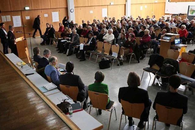 Viele Fragen bei Bürgerinformation zur Bebauung am Altenberg